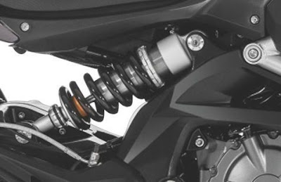 Benelli TNT 600 GT sacpention