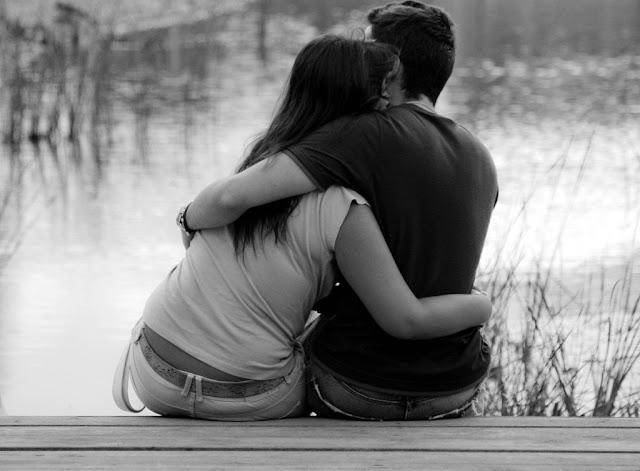 ^Tu poema o escrito del día^ Enamorados-charca