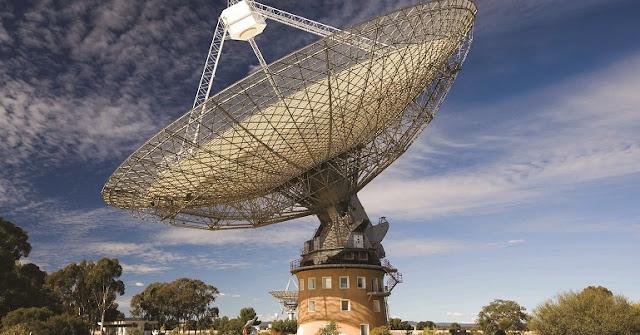 Parkes radio telescope. Credit: CSIRO