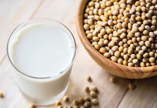beberapa manfaat susu kedelai untuk ibu hamil yang perlu anda tahu