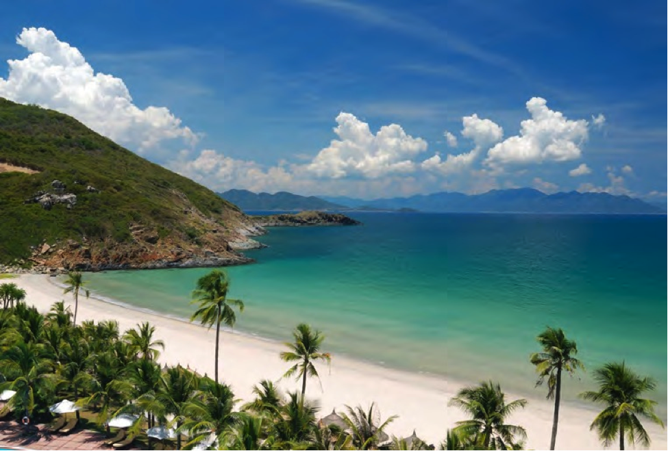 Danang beach city, private car from hue to hoi an 1 day, private car from hoian over Hai van pass to Hue, private car over Hai van pass  from hue
