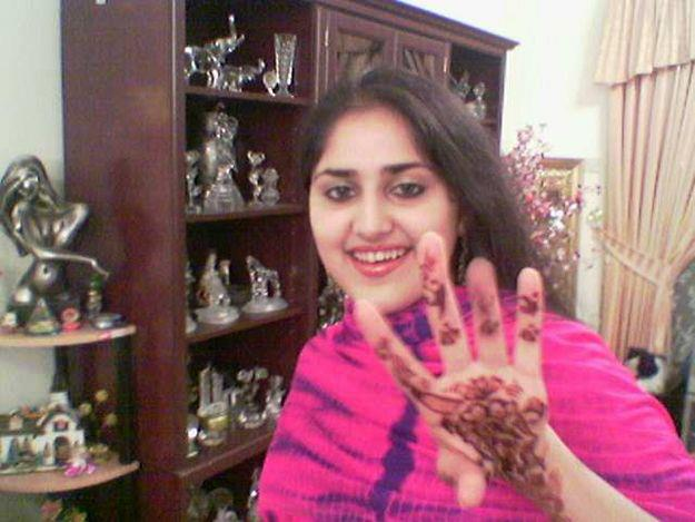 Pakistani girl boobs show in dubai with sheikh porn 2fflv - 5 5