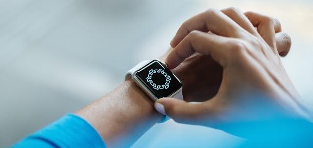 ¿Se puede detectar COVID-19 con un Smartwatch o Fitbit?