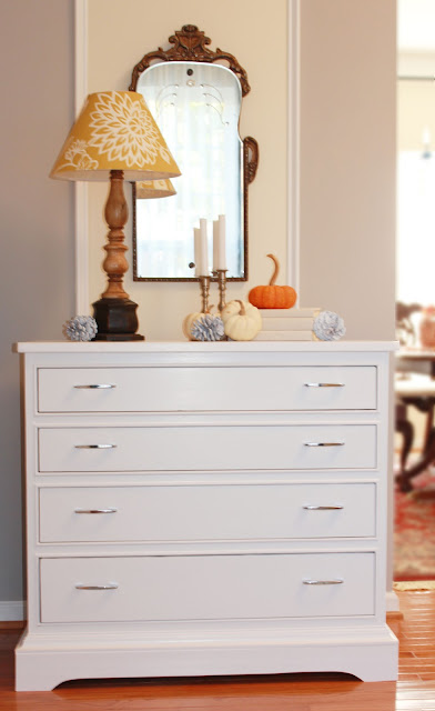 Painted dresser with change of feet