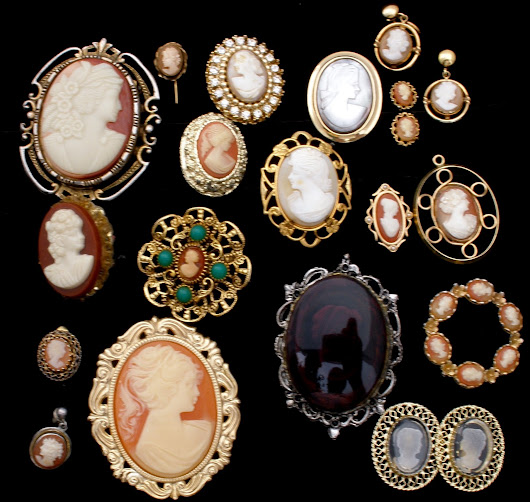17 Piece Cameo Shell Jewelry Collection Lot Brooches Earrings