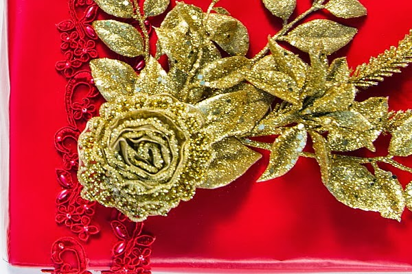 diy christmas holiday gift wrap fashion designer inspired dolce gabbana red gold