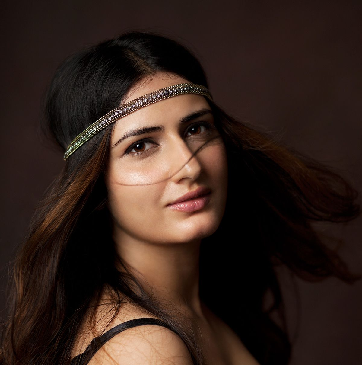 'Dangal' actress Fatima Sana Shaikh Full HQ Photos & Wallpapers