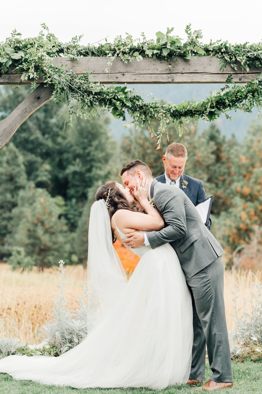 Leavenworth Fall Wedding by Something Minted Photography