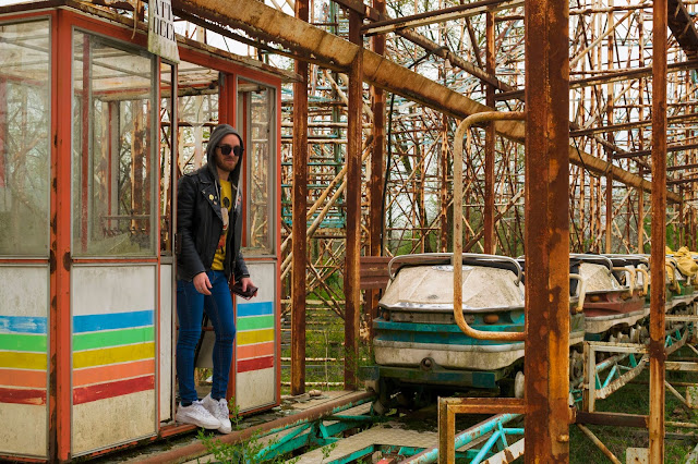 http://www.syriouslyinfashion.com/2019/04/greenland-citta-satellite-old-funfair.html