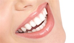 Cara Memutihkan Gigi