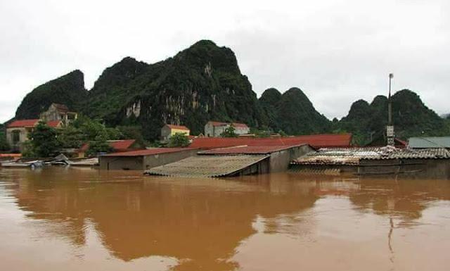 Nhiều ngôi Thánh Đường chìm trong nước lũ - Ảnh minh hoạ 4