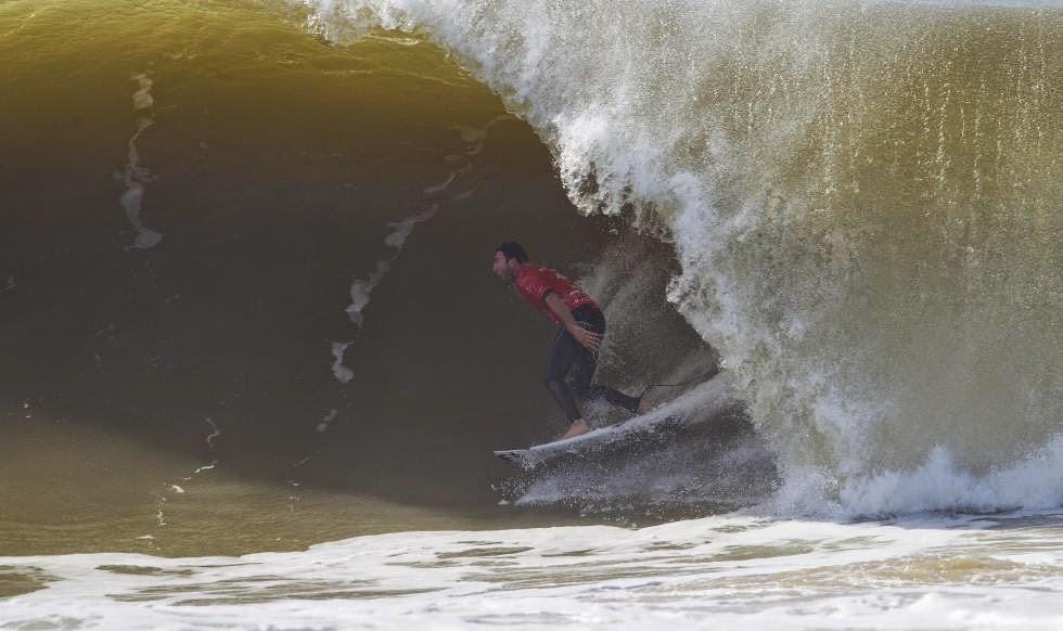 61 2014 Moche Rip Curl Pro Portugal Joel Parkinson Foto ASP Damien Poullenot Aquashot