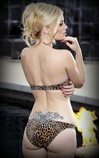 Twerking blondes - Charlotte%2BStokely-S01-011.jpg