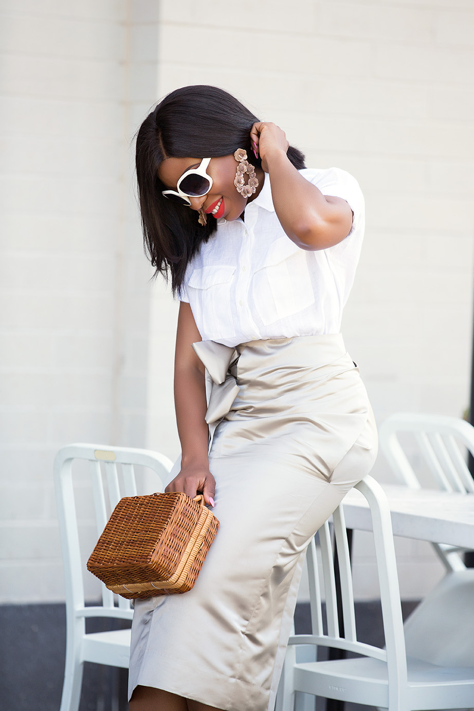 White pumps, straw bag, and white sunglasses, www.jadore-fashion.com