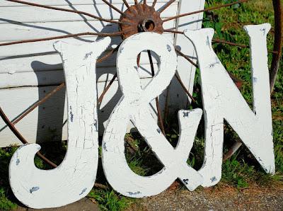 señales de madera para tu boda