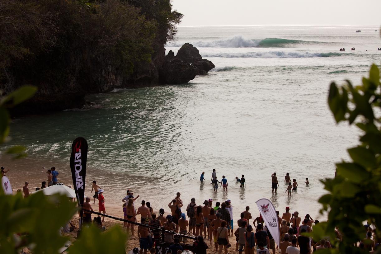Rip Curl Cup Invitational en Padang Padang. Fotos: Rip Curl Asial