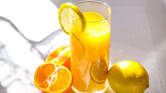 Wallpaper: Orange and Lemon Juice