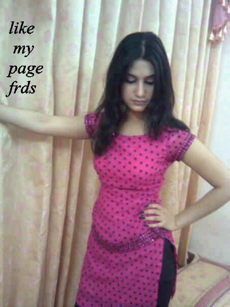 Hot Desi Sexy Indian School Girl Muslim Woman Salwar -1450