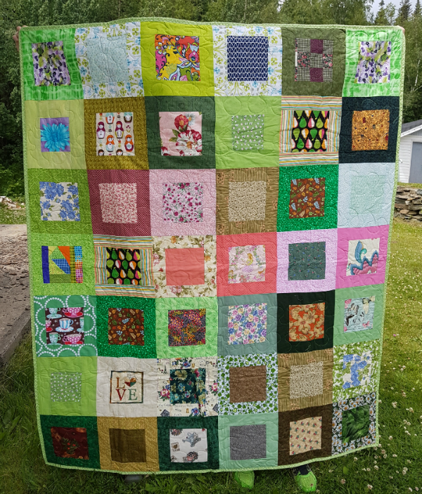 Box Blocks quilt | DevotedQuilter.blogspot.com