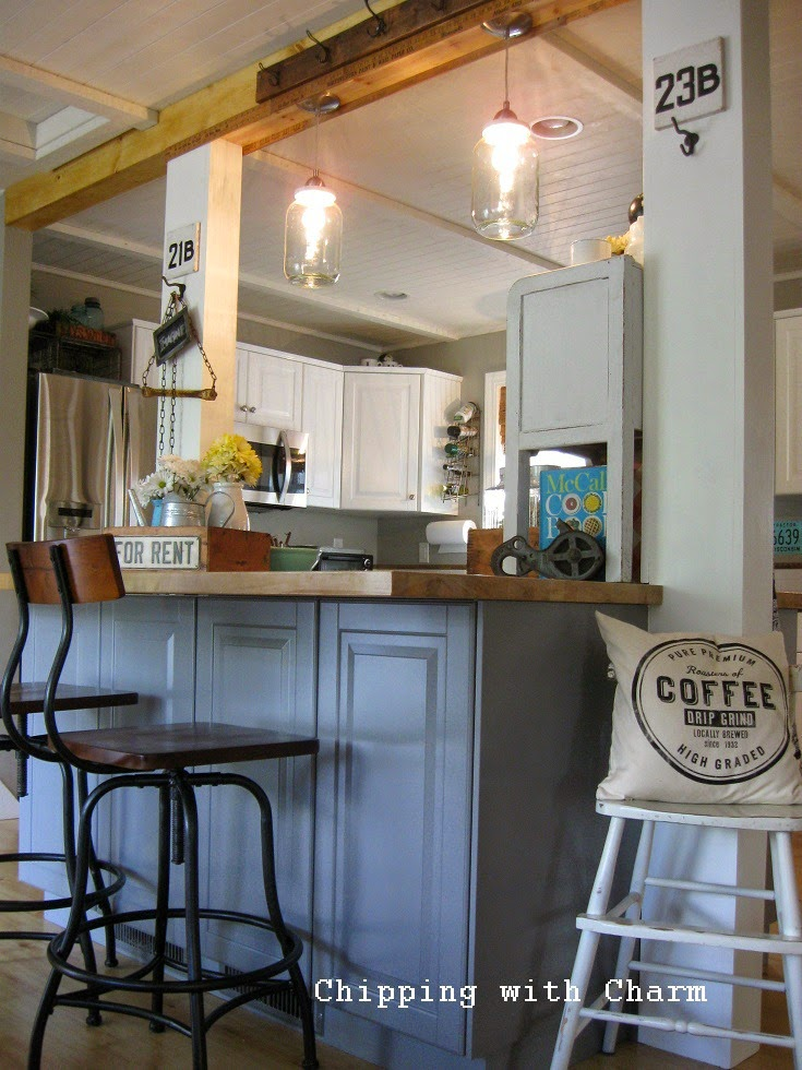 Chipping with Charm: Quirky Kitchen...http://www.chippingwithcharm.blogspot.com/