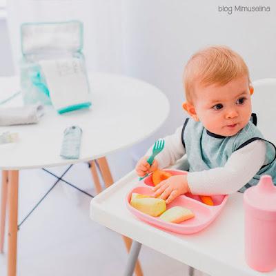 alimentación complementaria bebé blog mimuselina BLW baby led weaning babero resinado