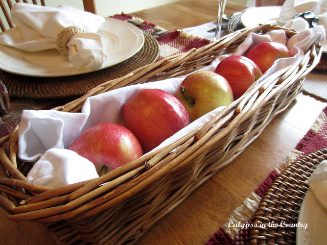 Fall Table Setting with Apples