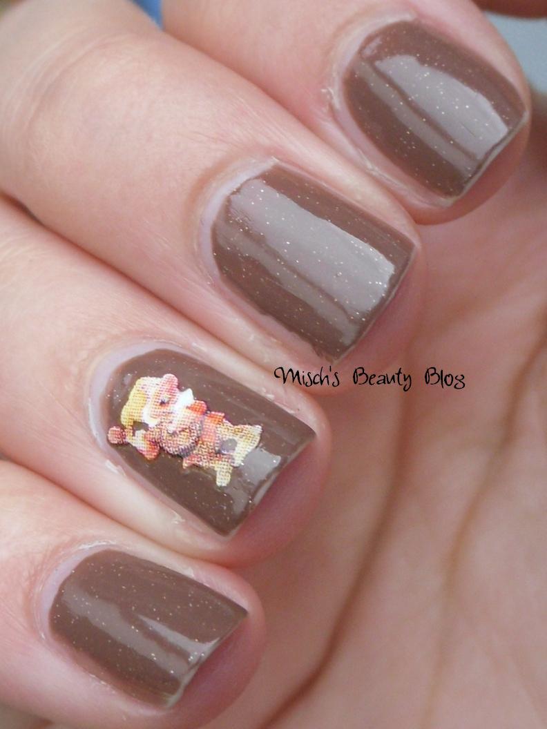Misch S Beauty Blog Notd September 29th Fall Leaf Nail Art: Misch's Beauty Blog: June 2012