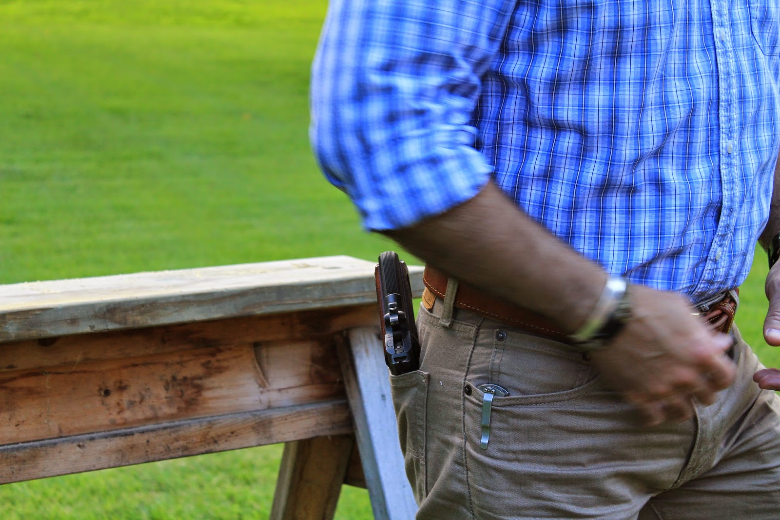 The Barranti Hip Pocket Holster | From the Trenches World Report