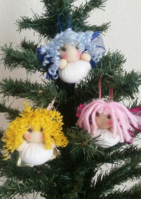 Surtido de ángeles para el árbol de navidad