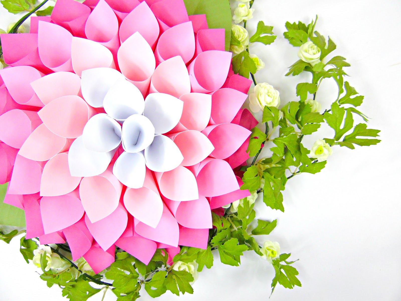 diy giant dahlia paper flowers  how to make large paper