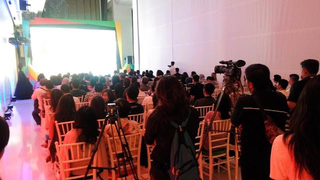 Keriuhan acara Peluncuran Situs Web dari Google Bisnisku
