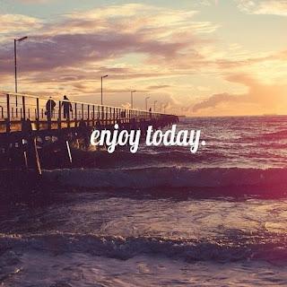 Ja nisam s ovoga sveta,pripadam rasi sanjara - Page 5 Beach-enjoy-happiness-life-Favim.com-917820