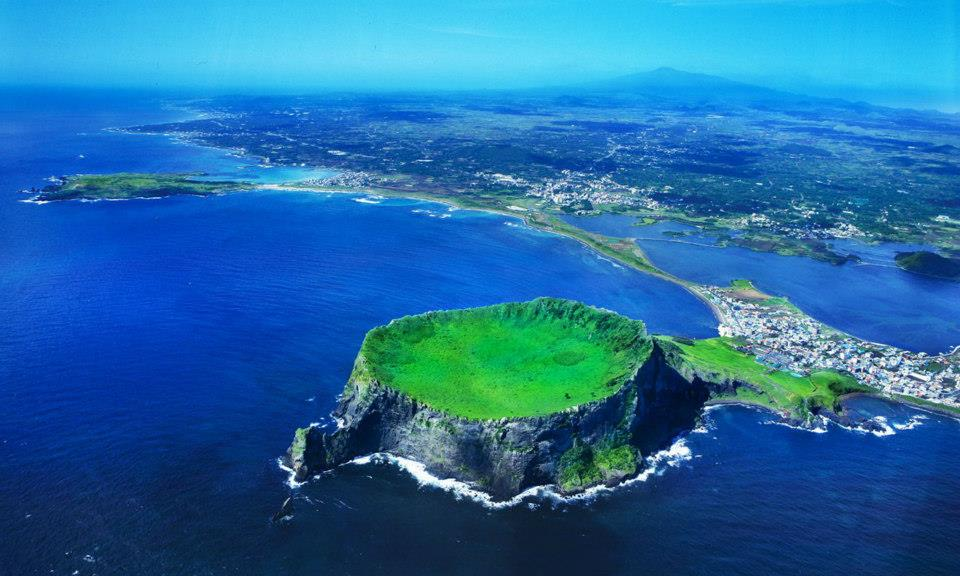 جزيرة جيجو رائعة من روائع الطبيعة