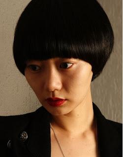 Gaya Rambut Round Fringed Bob Wanita Korea