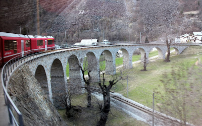 Acueducto en espiral de Brusio. Bernina Expres
