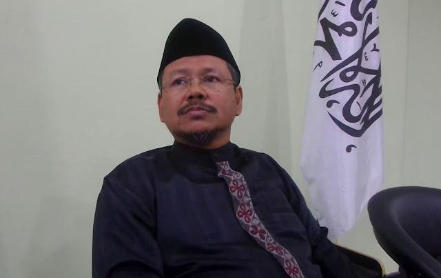 Sebut HTI Tak Punya Bendera, Ismail Yusanto Dipolisikan