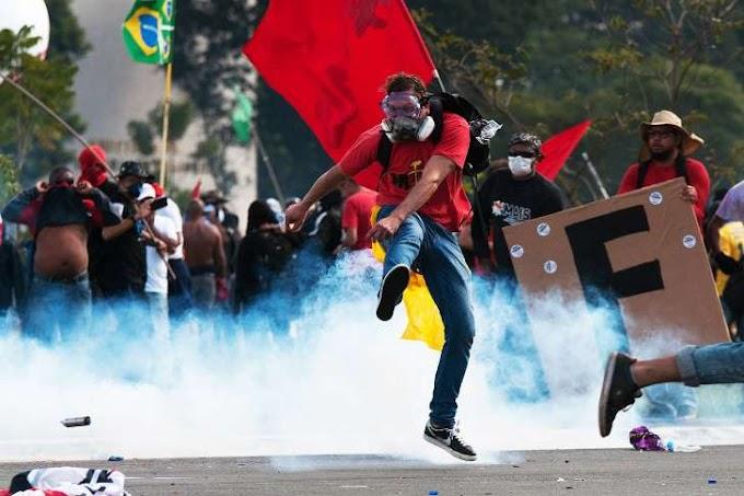 Brasília tem confrontos, ministérios depredados e tensão política