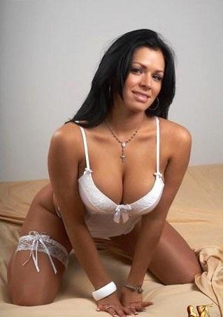Yasna lobo desnuda Nude Photos 75