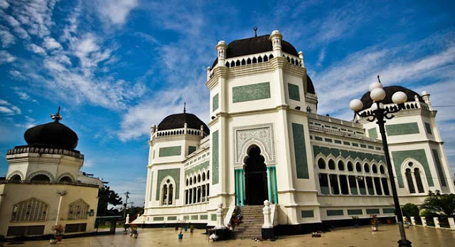 10 Best Places To Travel In Indonesia