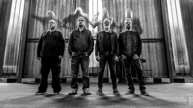 Senses, c'est 10 titres plein de rage et de rock, signés Yeallow.