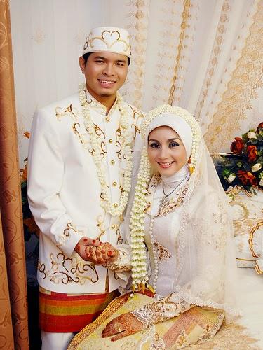 Gaun-Pengantin-Muslim-Modern