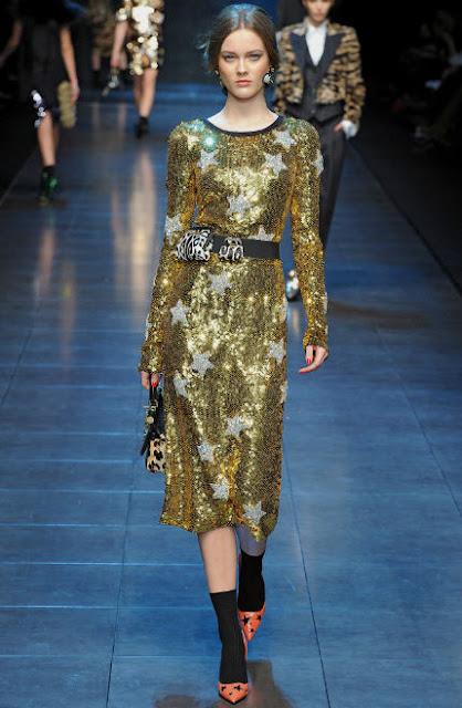 JLO in GOLD Dolce&Gabbana!!!