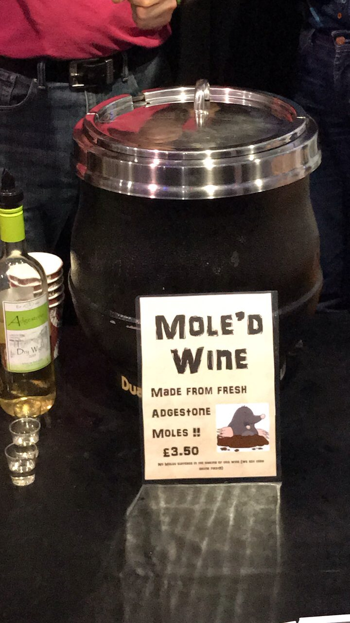 Mulled wine moled wine pun