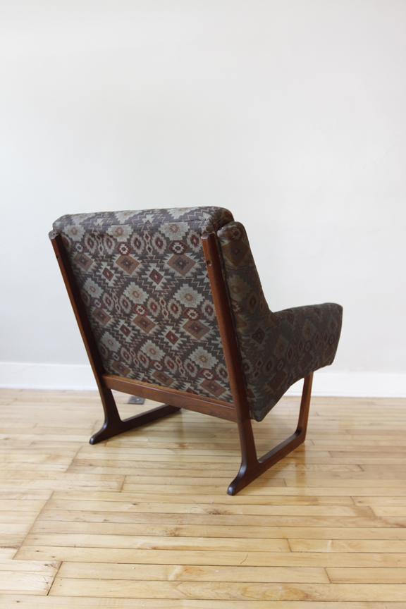 Str8mcm Scandinavian Accent Chair