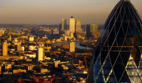 Giá nhà đất tại Anh đang sụt giảm