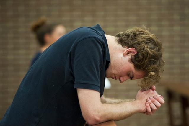 sayangi hidup dan sering berdoa