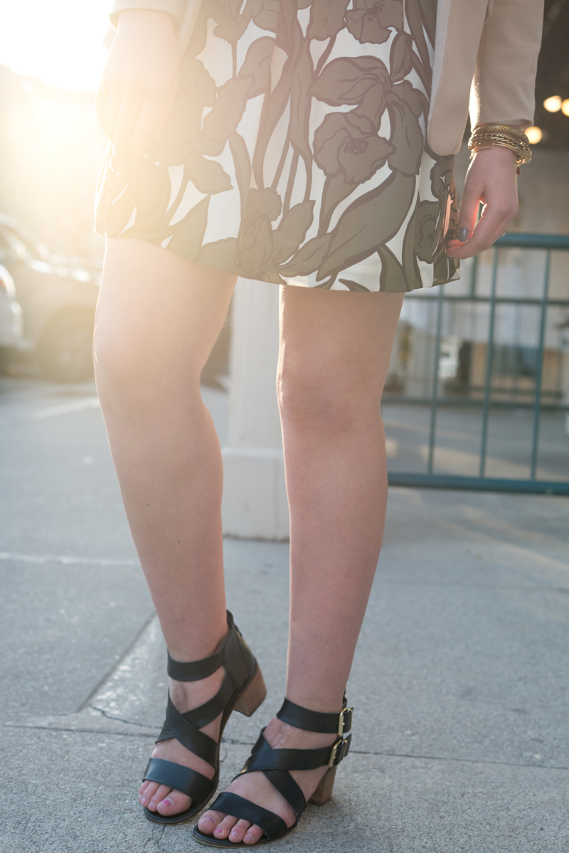 utah fashion blogger, steve madden heels, leaf skirt