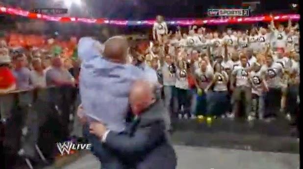 Daniel Bryan Occupies Raw to Get Triple H in Wrestlemania
