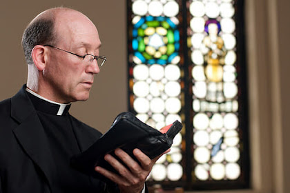 Menjadi Seorang Pendeta? Bagaimana caranya?