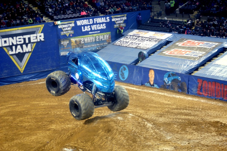 Review Monster Jam With The Fam At Royal Farms Arena In